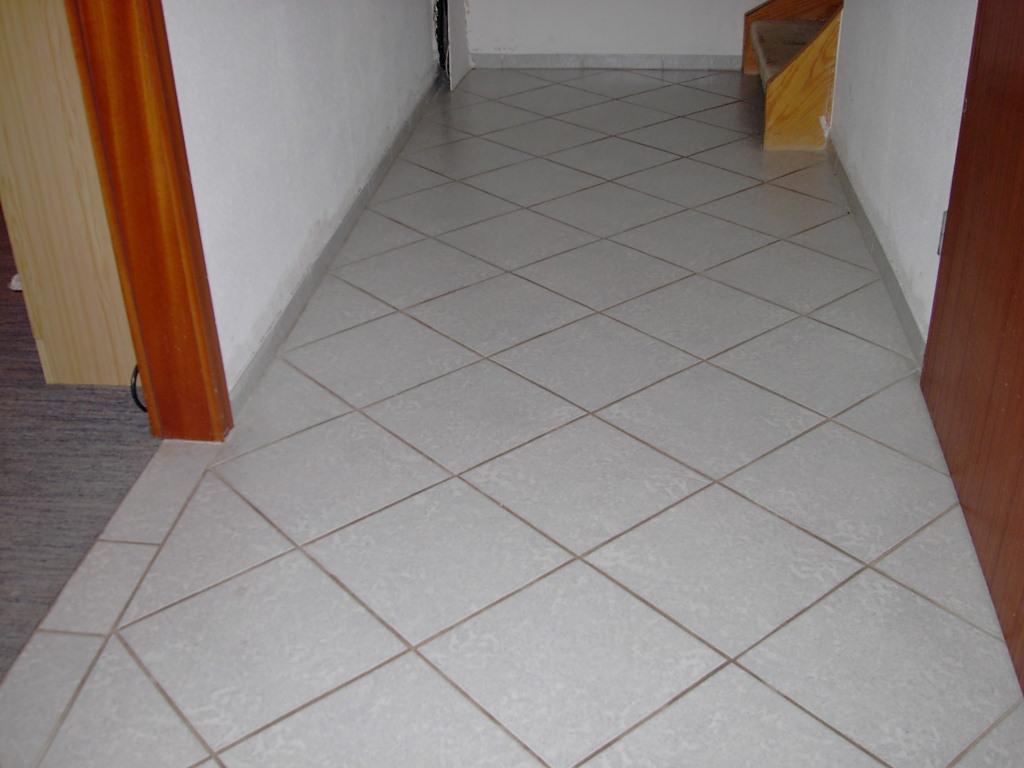 Fußboden Fliesen Diagonal Verlegen ~ Fliesen diagonal verlegen u ideen für möbelbilder